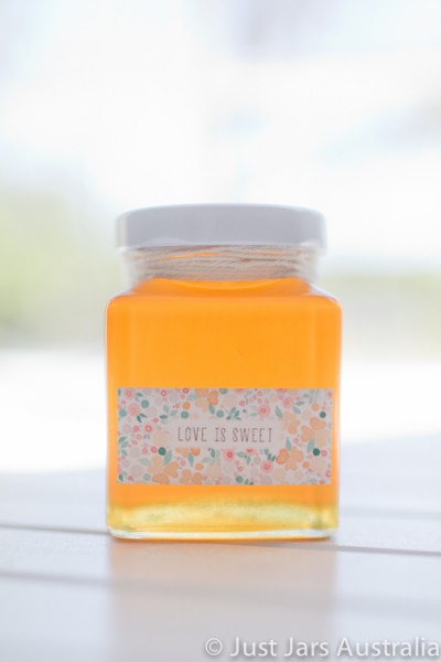 110ml square jar (with lid)