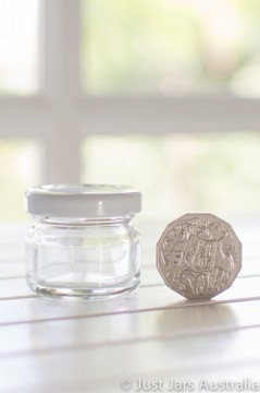 30ml round jar (with lid)
