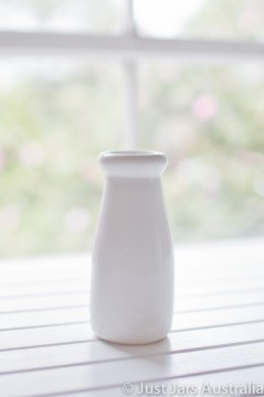 Ceramic milk bottle (200ml) - Pure white
