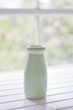 Ceramic milk bottle (200ml) - Mint green
